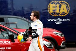 Fernando Alonso, McLaren, retires from the race