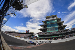Graham Rahal, Rahal Letterman Lanigan Racing Honda passeert de finishvlag