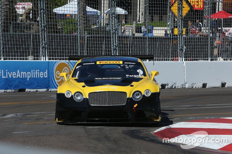 #9 K-PAX Racing Bentley Continental GT3: Alvaro Parente