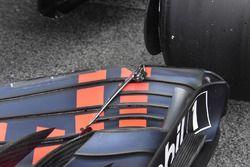Red Bull Racing RB14, dettaglio dell'ala anteriore
