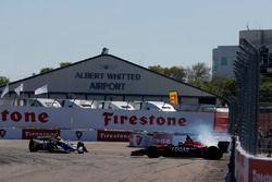 Kollision: Robert Wickens, Schmidt Peterson Motorsports Honda, Alexander Rossi, Andretti Autosport H