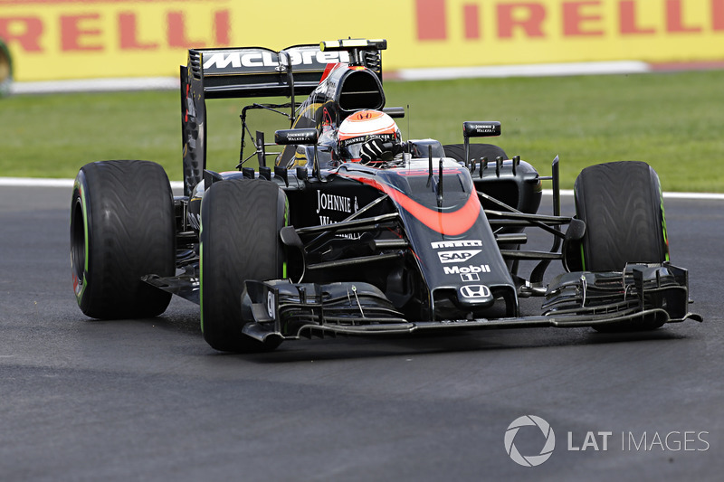 2015: McLaren MP4/30