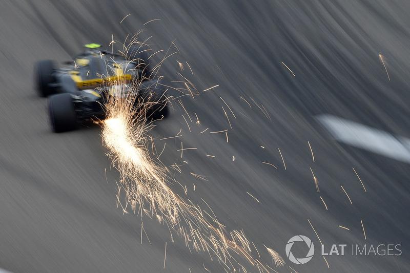 12. Карлос Сайнс, Renault — 3