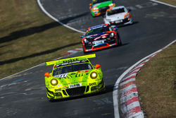 #911 Manthey Racing Porsche 911 GT R: Kevin Estre, Earl Bamber, Laurens Vanthoor