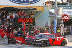 Justin Allgaier, JR Motorsports Chevrolet pit stop