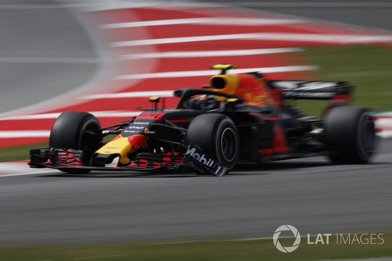 Verstappen made contact with a Williams under VSC
