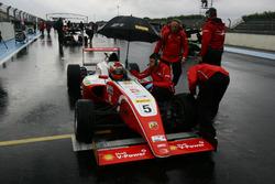 Gianluca Petecof, Prema Theodore Racing, in griglia di partenza