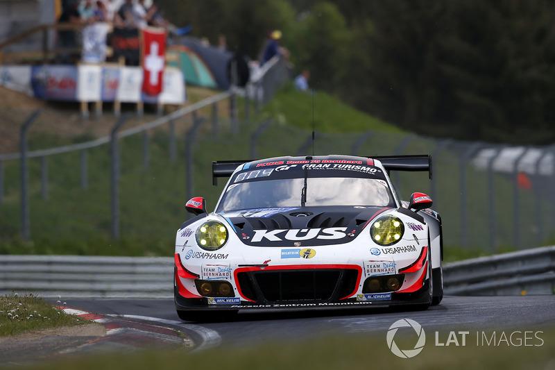Микаэль Кристенсен, Маттео Кайроли, Андреа Лоттерер, Йорг Бергмайстер, KÜS Team75 Bernhard, Porsche GT3 R (№17)