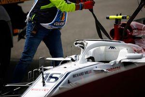 Charles Leclerc, Alfa Romeo Sauber C37, valt uit in de eerste ronde