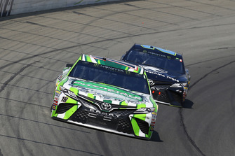 Kyle Busch, Joe Gibbs Racing, Toyota Camry Interstate Batteries, Erik Jones, Joe Gibbs Racing, Toyota Camry Doosan