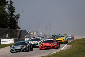 #86 Michael Shank Racing con Curb-Agajanian Acura NSX, GTD - Katherine Legge, Alvaro Parente, #93 Michael Shank Racing con Curb-Agajanian Acura NSX, GTD - Lawson Aschenbach, Justin Marks