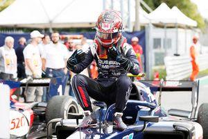 Il vincitore della gara Tadasuke Makino, RUSSIAN TIME