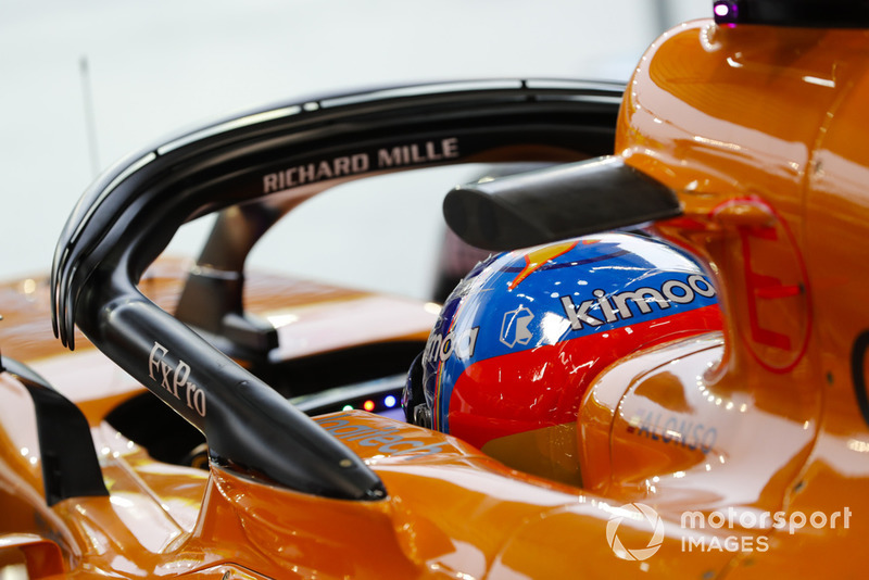 Fernando Alonso, McLaren, in cockpit