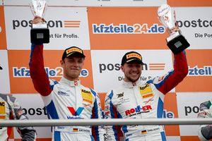 Podium: Race winners #1 Callaway Competition Corvette C7 GT3-R: Marvin Kirchhöfer, Daniel Keilwitz