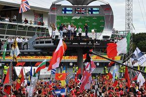 Simon Lazenby, Sky TV, Damon Hill, Sky TV , Nico Rosberg, Mercedes-Benz Ambassadeur