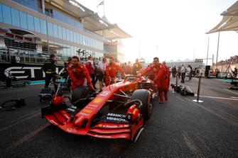 Sebastian Vettel, Ferrari SF90, arrives on the grid