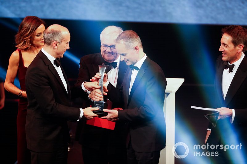 Presentazione del Car of the Year award per la Mercedes AMG F1 W10