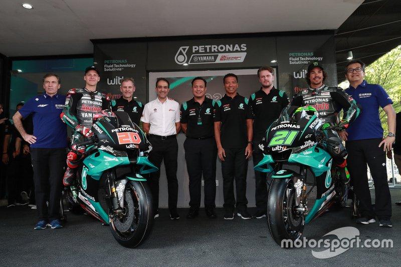 Fabio Quartararo, Franco Morbidelli, Petronas Yamaha SRT avec l'équipe