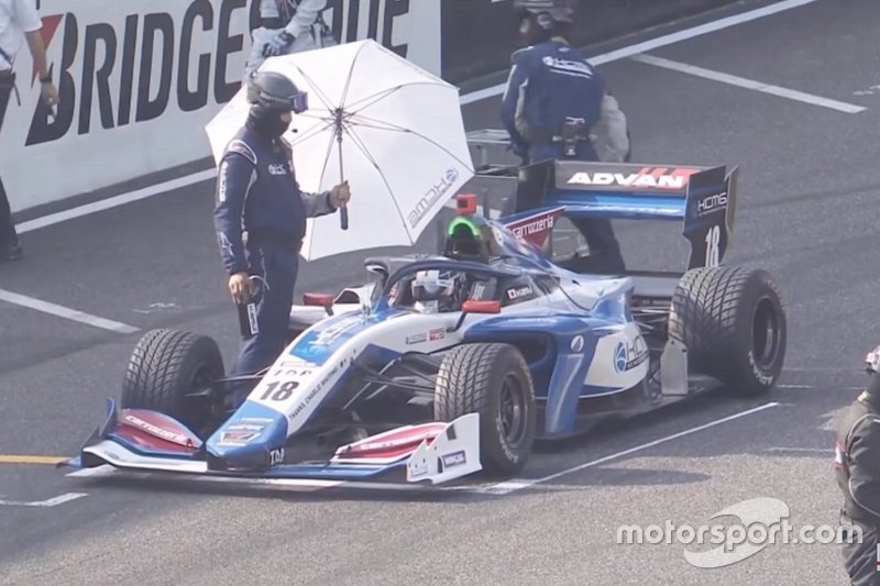 Screenshot of Kamui Kobayashi, KCMG on the grid