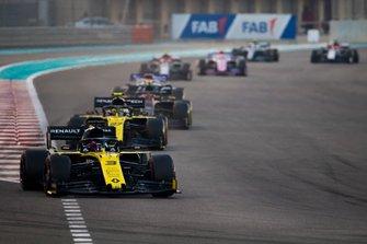 Daniel Ricciardo, Renault F1 Team R.S.19, Nico Hulkenberg, Renault F1 Team R.S. 19, Kevin Magnussen, Haas F1 Team VF-19, Sergio Pérez, Racing Point RP19