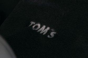TOM'S CENTURY