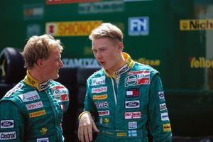 Johnny Herbert and Mika Hakkinen, Lotus