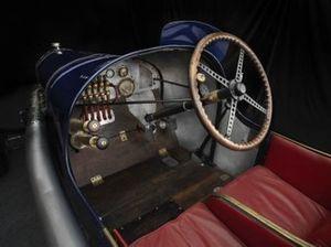 Cockpit de la Peugeot L45 1914