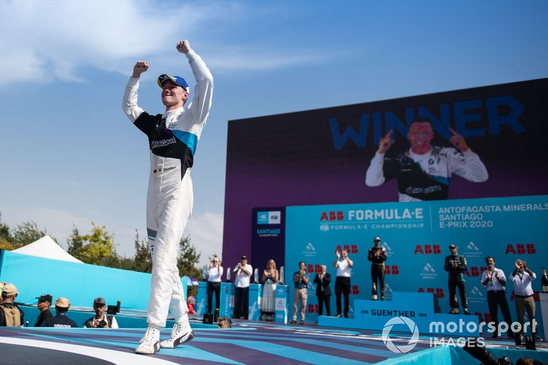 Race winner Maximilian Günther, BMW I Andretti Motorsports celebrates on the podium