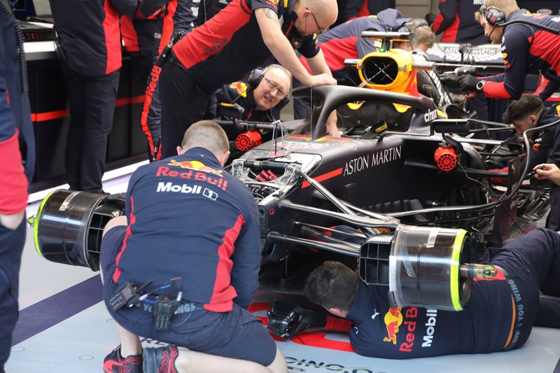 La parte delantera del Red Bull Racing RB16