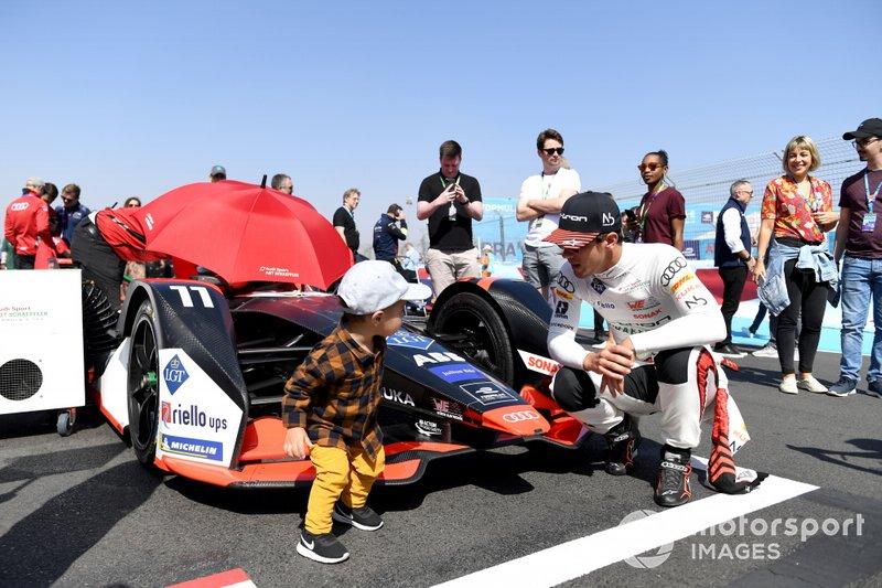 Lucas Di Grassi, Audi Sport ABT Schaeffler con su hijo Leonardo