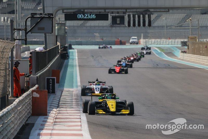 Collet vem a SP e estará com a equipe Renault no GP Brasil de F1