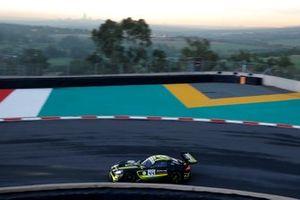 #44 Mercedes-AMG Team Strakka Racing Mercedes-AMG GT3: Gary Paffett, Tristan Vautier, Lewis Williamson