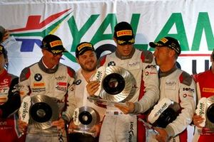 Podio: #36 Walkenhorst Motorsport BMW M6 GT3: Michael Von Rooyen, Gennaro Bonafede, Henry Walkenhorst