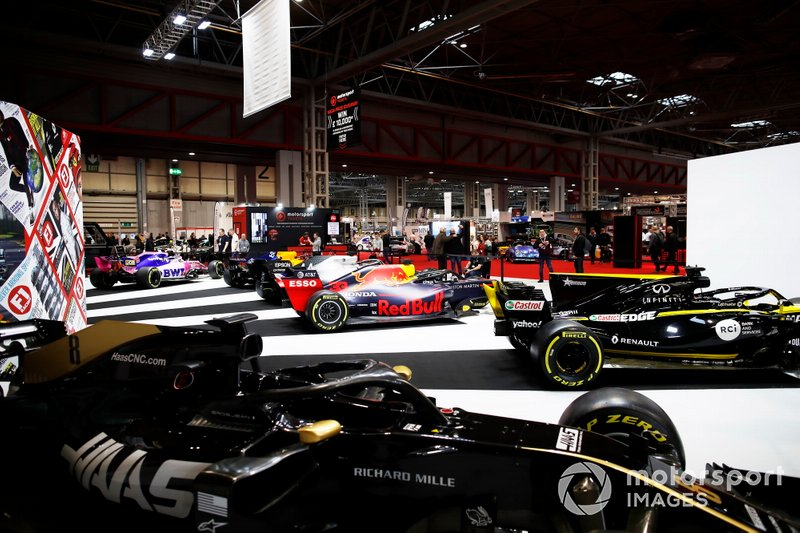 2019 Formula 1 cars on the F1 Racing stand