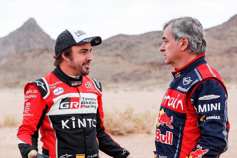 #310 Toyota Gazoo Racing: Fernando Alonso, #305 JCW X-Raid Team: Carlos Sainz