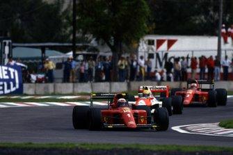Alain Prost, Ferrari, Ayrton Senna, McLaren, Nigel Mansell, Ferrari, al GP del Messico del 1990