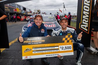 Pole sitters Jamie Whincup, Craig Lowndes, Triple Eight Race Engineering Holden