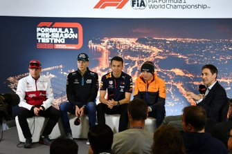 Kimi Raikkonen, Alfa Romeo, George Russell, Williams Racing, Alexander Albon, Red Bull Racing e Lando Norris, McLaren alla conferenza stampa