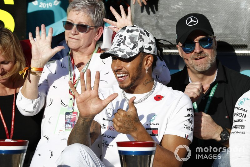 Lewis Hamilton, Mercedes AMG F1, celebrates winning the World Championship with th teame