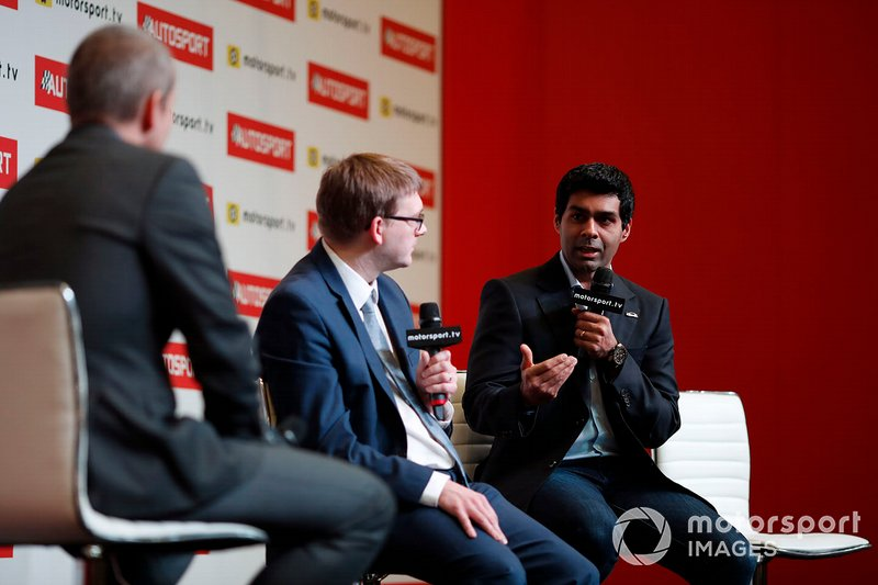 Kevin Turner and Karun Chandhok during a live podcast on the Autosport stage