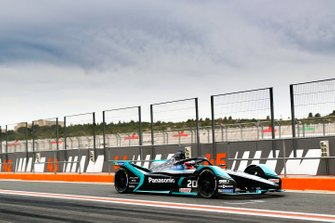 Mitch Evans, Jaguar Racing, Jaguar I-Type 4, leaves the pit lane