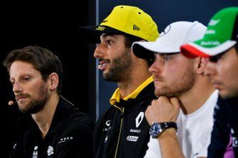 Romain Grosjean, Haas F1, Daniel Ricciardo, Renault F1 Team, Valtteri Bottas, Mercedes AMG F1 et Sergio Perez, Racing Point, en conférence de presse