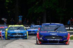 Austin Cindric, Team Penske, Ford Mustang Pirtek, Matt DiBenedetto, Wood Brothers Racing, Ford Mustang Menards / Dutch Boy
