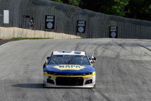 Chase Elliott, Hendrick Motorsports, Chevrolet Camaro NAPA Auto Parts celebrates his win