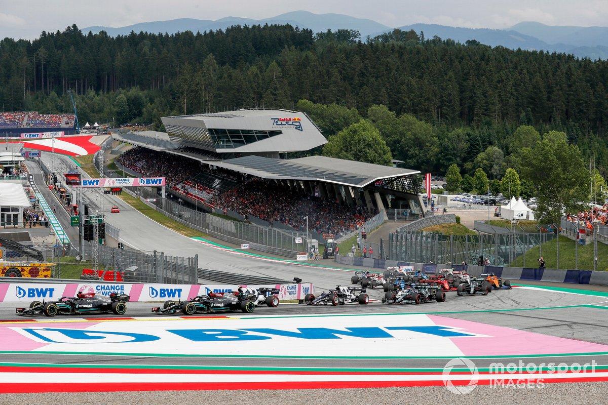 Lewis Hamilton, Mercedes W12, Valtteri Bottas, Mercedes W12, Pierre Gasly, AlphaTauri AT02, Yuki Tsunoda, AlphaTauri AT02