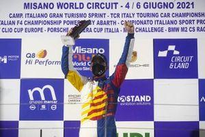 Podio: Alberto Cerqui, Team Q8 Hi Perform