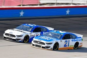 Matt DiBenedetto, Wood Brothers Racing, Ford Mustang Quick Lane Tire & Auto Center, Chris Buescher, Roush Fenway Racing, Ford Mustang Fastenal