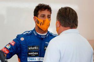 Daniel Ricciardo, McLaren and Zak Brown, CEO, McLaren Racing
