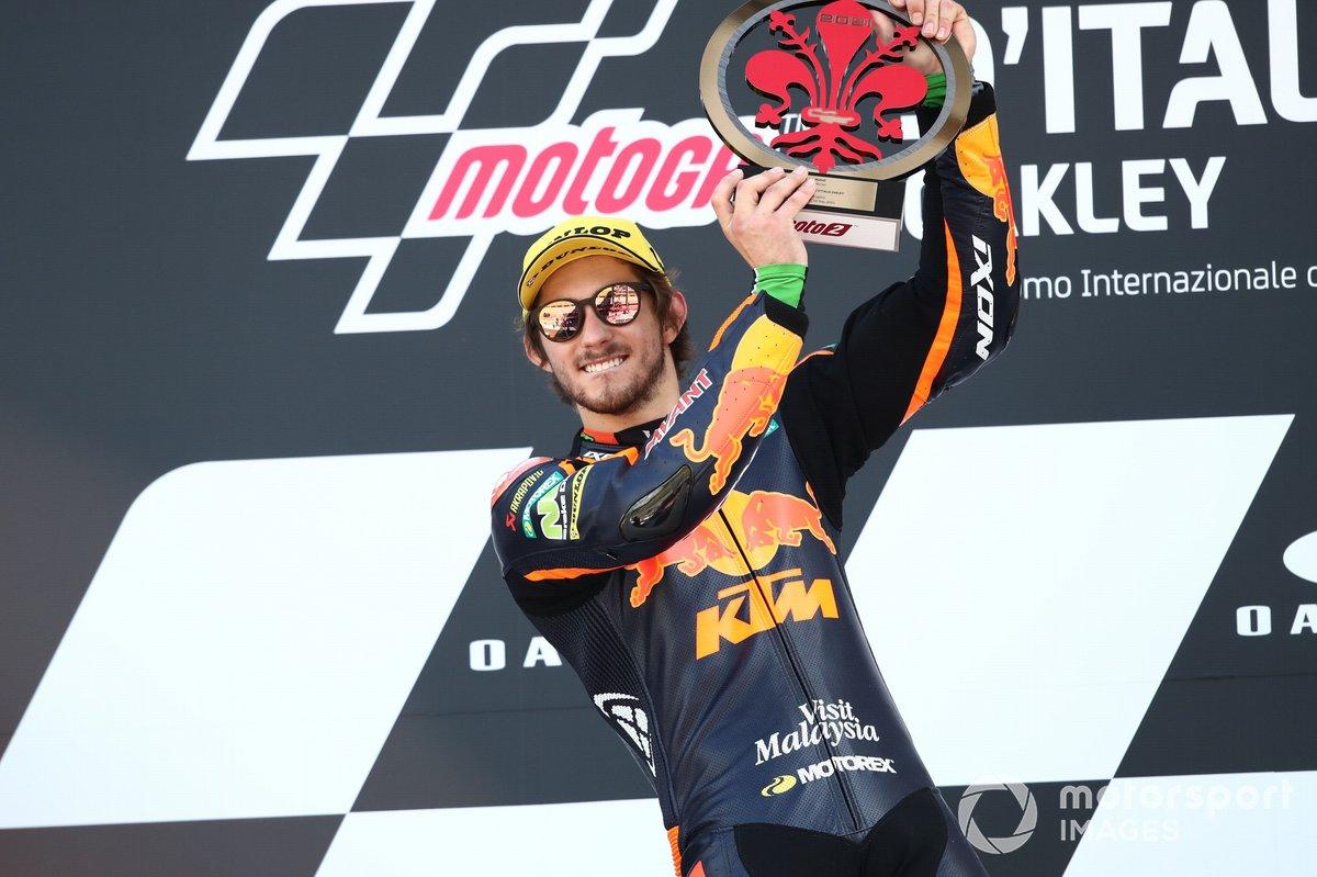 Ganador de la carrera Remy Gardner, Red Bull KTM Ajo