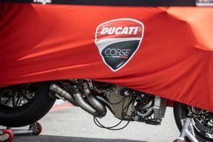 Bike of Scott Redding, Aruba.It Racing – Ducati